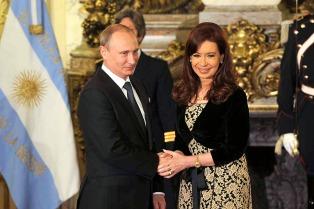 Cristina y Putin encabezaron la firma de acuerdos bilaterales