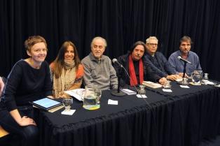Poetas celebran la obra y figura de Juan Gelman