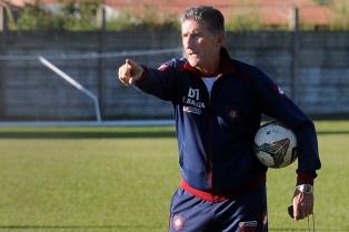 Bauza probó con Cetto y Cauteruccio para jugar ante Newell's en Rosario