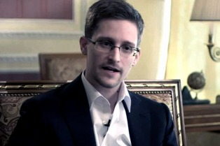 Un tribunal ordena a Snowden entregar 4,2 millones de dólares al Gobierno