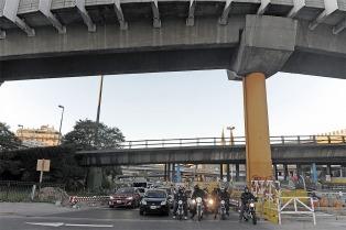 El Gobierno porteño deberá indemnizar a una mujer que se cayó por las obras en el Metrobus en 2013