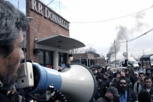 """""""Nos pusimos la fábrica al hombro"""", afirman los trabajadores de la gráfica ex-Donnelley"""