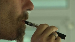 """Advierten que el cigarrillo electrónico en """"una amenaza para la salud pública"""""""