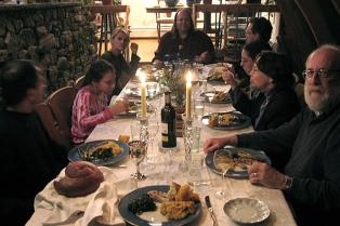 Una cena repleta de tradiciones exquisitas para homenajear a la familia