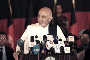Grupo insurgente firma acuerdo de paz con el gobierno