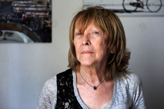Intelectuales y artistas criticaron en una carta el permiso para mayores de 70