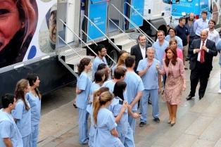 Treinta camiones sanitarios recorrerán todo el país para realizar atención odontológica