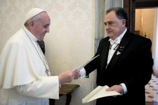 El Episcopado le responde a Valdes y ratifica la posición contraria del Papa