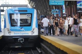 Excesiva cantidad de pasajeros y altos costos son las quejas más frecuentes en la provincia