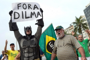 """El teólogo brasileño Boff dijo que las protestas """"es odio contra los 40 millones que fueron incluidos"""""""