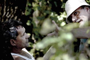 """Gustavo Fontán filma en Santa Fe """"El limonero real"""", sobre una novela de Juan José Saer"""