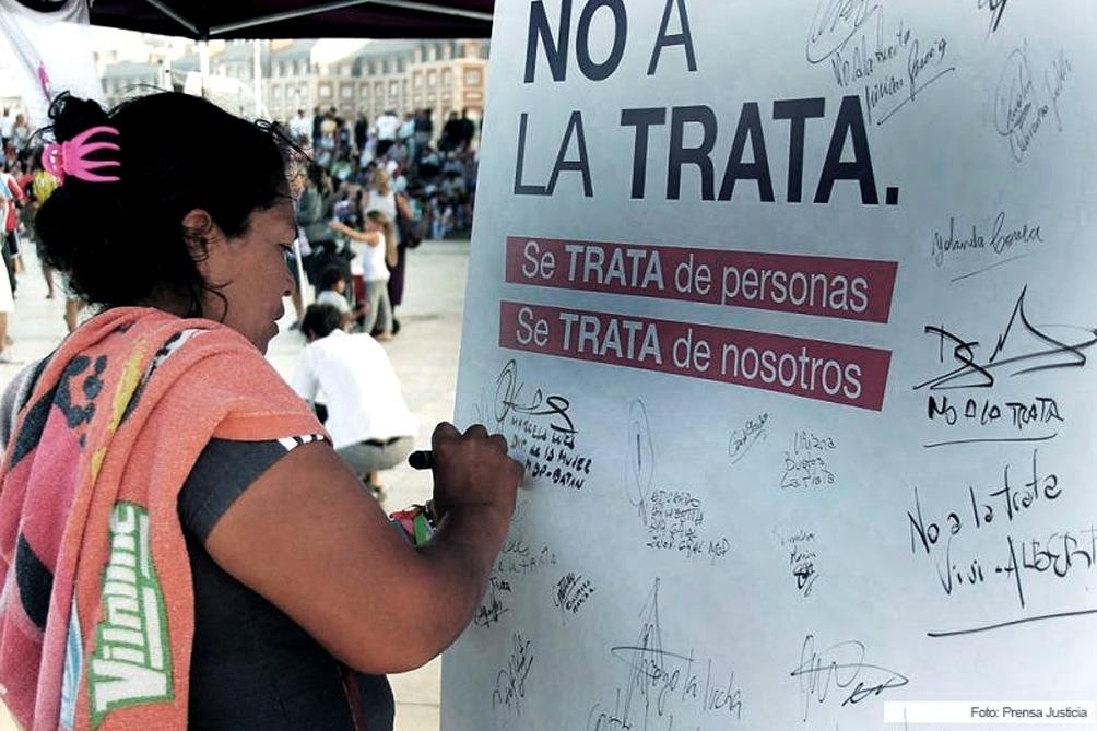 Claves contra la trata: acompañar a las víctimas e investigar la ruta del dinero