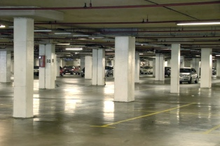 Más de la mitad de los conductores señaliza mal la entrada a un garage