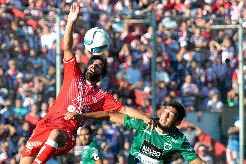 Unión de Santa Fe se llevó un buen triunfo ante Sarmiento en Junín