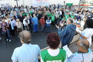 Trabajadores y pacientes del Borda reclaman justicia a dos años de la represión de la Policía Metropolitana