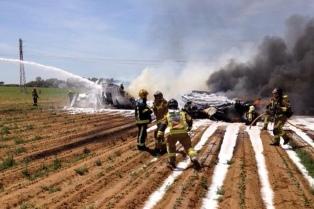 La Justicia española ya analiza las cajas negras del avión estrellado en Sevilla