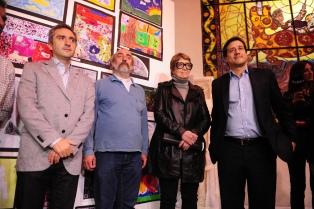 Mariano Recalde y Teresa Parodi homenajearon al padre Carlos Mugica en la villa 21