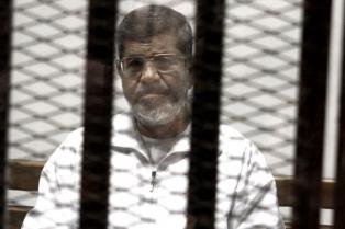 Confirmaron la sentencia de 20 años contra el presidente Mursi