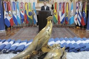 Representantes de 16 países latinoamericanos buscan consensuar una Marca País regional
