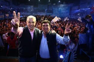 Intendentes le hicieron un guiño a la fórmula Domínguez-Espinoza