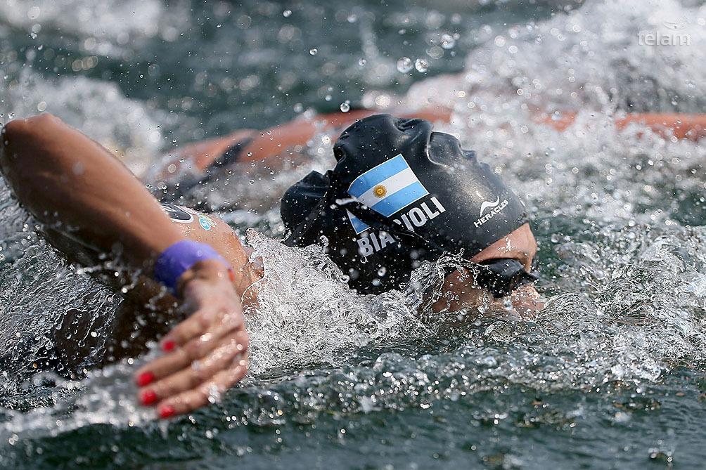 La competencia se desarrolló en el Odaiba Marine Park y seis de las 54 participantes no pudieron completar el recorrido.