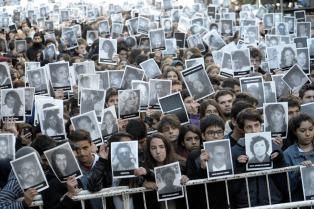 Afirman que el ex juez Galeano y el fiscal Nisman se negaron a indagar en los archivos de la DIPPBA