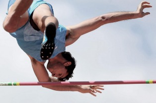 El atletismo argentino elogia a Lauro