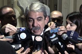 Aníbal Fernández recorrió Morón junto a Sabbatella y Ghi