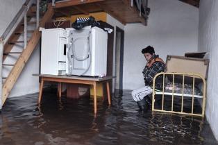 El Gobierno formalizó el refuerzo de las asignaciones sociales para los afectados por las inundaciones