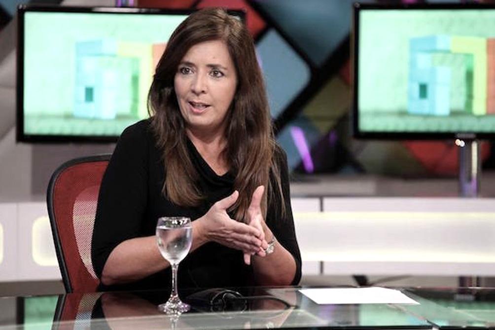 """Para Gabriela Cerruti """"es momento de decir basta. Las mujeres no queremos más a Fernando Iglesias en la Cámara baja""""."""