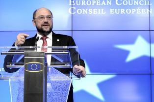 Los socialdemócratas ganan terreno en las encuestas y se acercan a Merkel