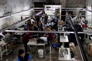 La AFIP clausuró dos talleres textiles clandestinos en los barrios porteños de Mataderos y Paternal