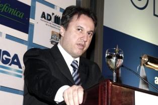 Peirano propone la capitalización del Bice para financiar a Pymes y radicar empresas en el interior