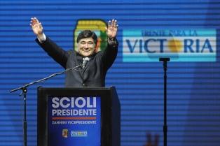 Zannini: La oposición �juega con la política del susto para meter de contrabando políticas antipopulares�