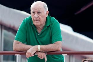 El español Amancio Ortega, dueño de Zara, es el hombre más rico del mundo