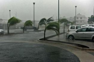 """El huracán Irma avanza por el Oeste de Florida dejando, al menos tres muertos y un """"desastre natural"""""""