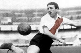 Ángel Labruna es el máximo goleador del superclásico