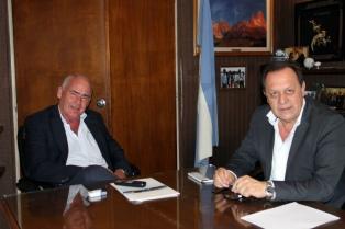 El ministro de Turismo recibió a su sucesor designado por Macri