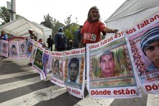 Detienen a tres presuntos miembros del cártel involucrado en la desaparición de los 43 estudiantes de Ayotzinapa
