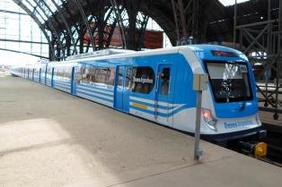 Los trenes metropolitanos funcionarán con cronograma de domingos y feriados hasta el 12 de abril