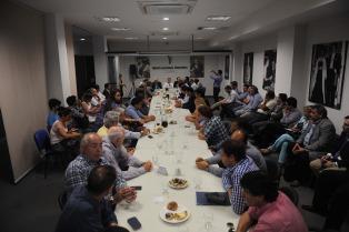 Recursos y continuidad de obras, en el debate entre intendentes peronistas