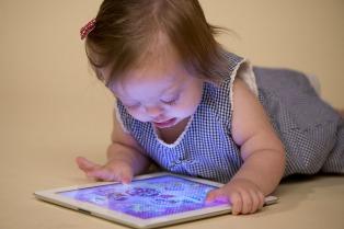 Diseñan aplicaciones para smartphones que ayudan a daltónicos y personas con síndrome de Down