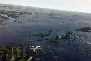 Continúan las lluvias en Santa Fe y crecen los ríos Paraná y Salado
