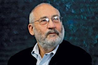 Joseph Stiglitz e 100 especialistas condenam processos contra a Argentina perante o CIADI pelo final do sistema de aposentadorias privadas