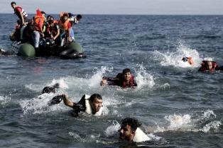 Mueren 16 personas en el primer naufragio de refugiados en el mar Egeo en 2017