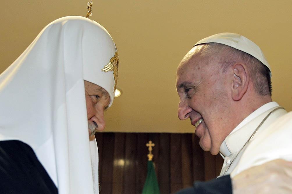Junto al patriarca Bartolomé, el Papa firmó un documento en el que reclamaron la defensa de los cristianos en la región.