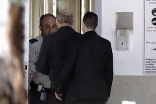 El ex primer ministro Olmert obtuvo la libertad condicional