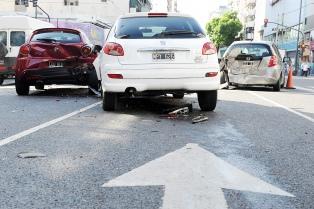 Piden obligar a las automotrices a incorporar tecnología para evitar accidentes