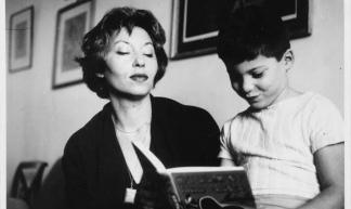 """Lispector publicó a los 23 años """"Cerca del corazón salvaje"""", que había escrito a los 19, y por la que recibió el premio Graça Aranha como mejor novela."""