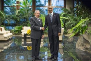 """""""Mucho más podría hacerse si se levantara el bloqueo de Estados Unidos"""", dijo Castro"""